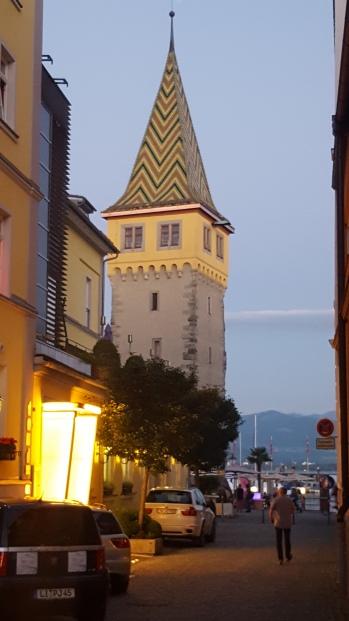 Das 'Minarett', der Mangturm