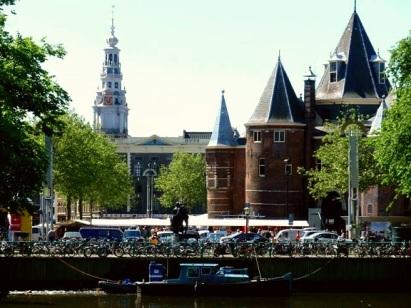 Amsterdam Boot und Kirche