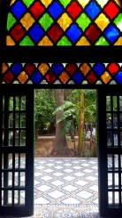 Türe mit Glas im Palais Bahia