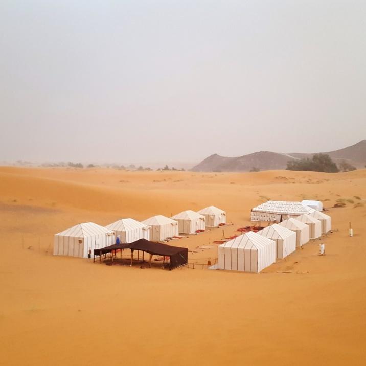 Camp im Sandsturm
