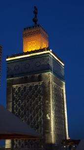 Minarett zur blauen Stunde