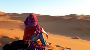1. morgen in der Wüste verschleiert