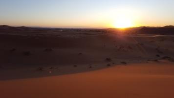 Sonnenaufgang mit Blick nach Algerien