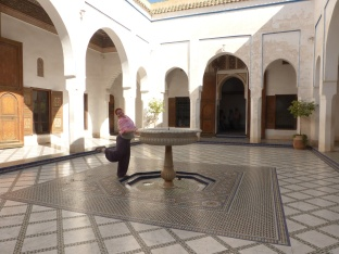 Bahia Palast Julia am Brunnen