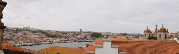 007 Ausblick über Porto
