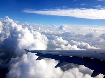 24 Über den Wolken